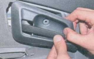 Не открывается водительская дверь — причины и способы решения