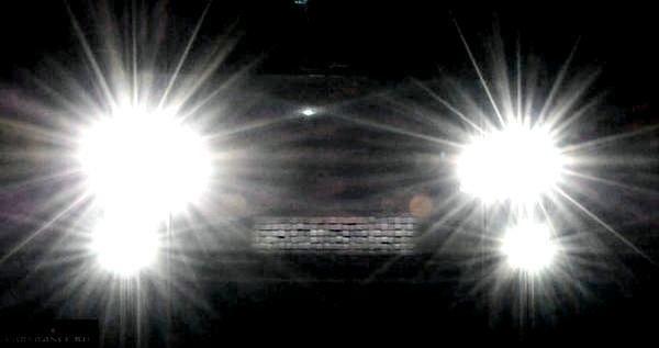 ford-fokus-2-kak-vkljuchit-dalnij-svet_1.jpg