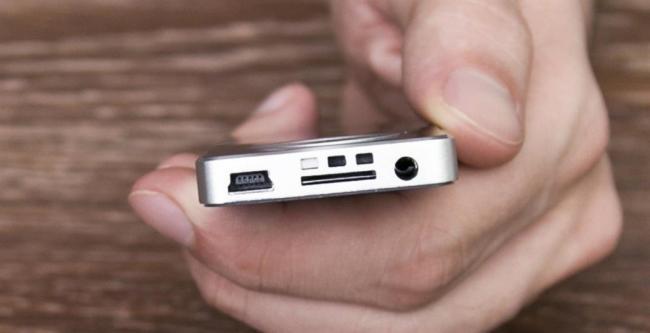 udobnyy-pult-avtomagnitol-pioner-1024x526.jpg