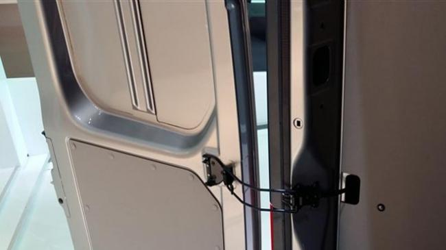 Ogranichitel-dvertsy.jpg