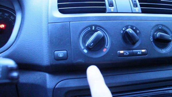 kak-vkljuchit-kondicioner-na-folksvagen-polo_1.jpg