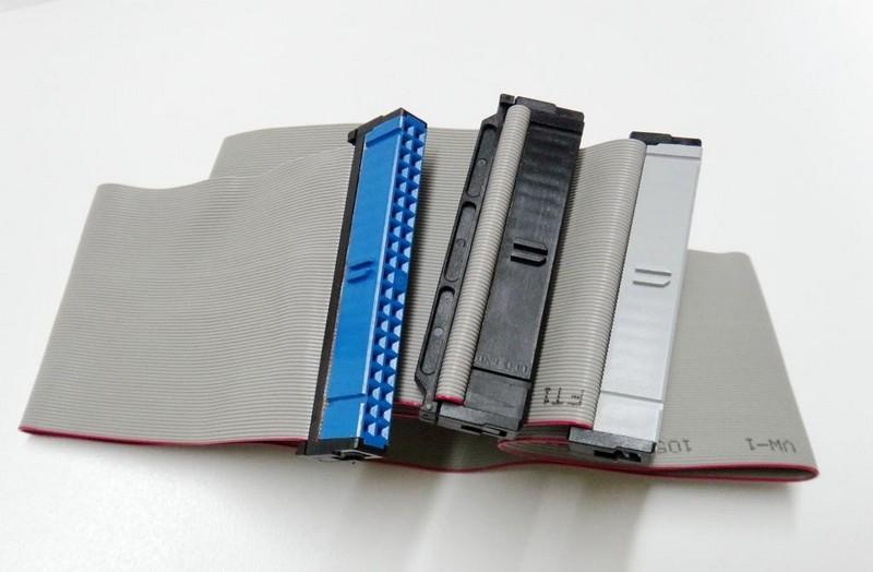 kak-podklyuchit-zhestkij-disk-IDE-k-SATA-razemu_html_2f5fb760bec0ad45.jpg