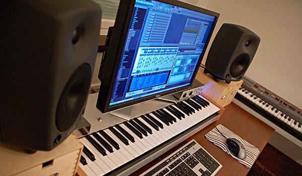 komputer-pianino.jpg