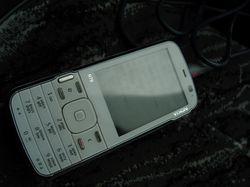 magnitola_ne_vidit_telefon_1.jpg
