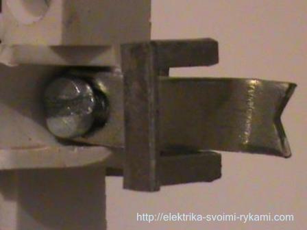 Kak-podklyuchit-dvuhklavishny-j-vy-klyuchatel-36.jpg