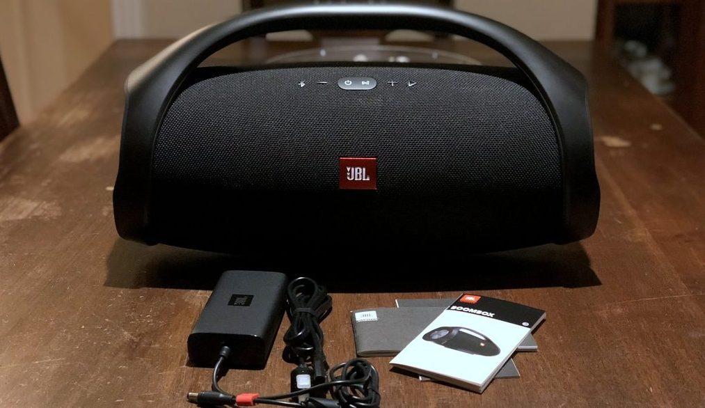 HTD-JBL-Boombox-portable-speaker-3-1024x634-e1524493232684.jpg