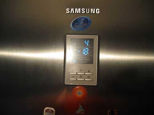 Дисплей-холодильника-LG.jpg