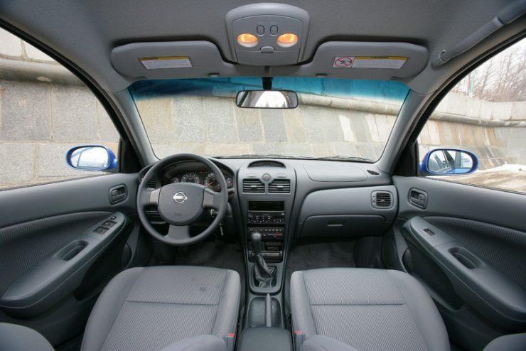 01-Nissan-Almera-Classic.jpg