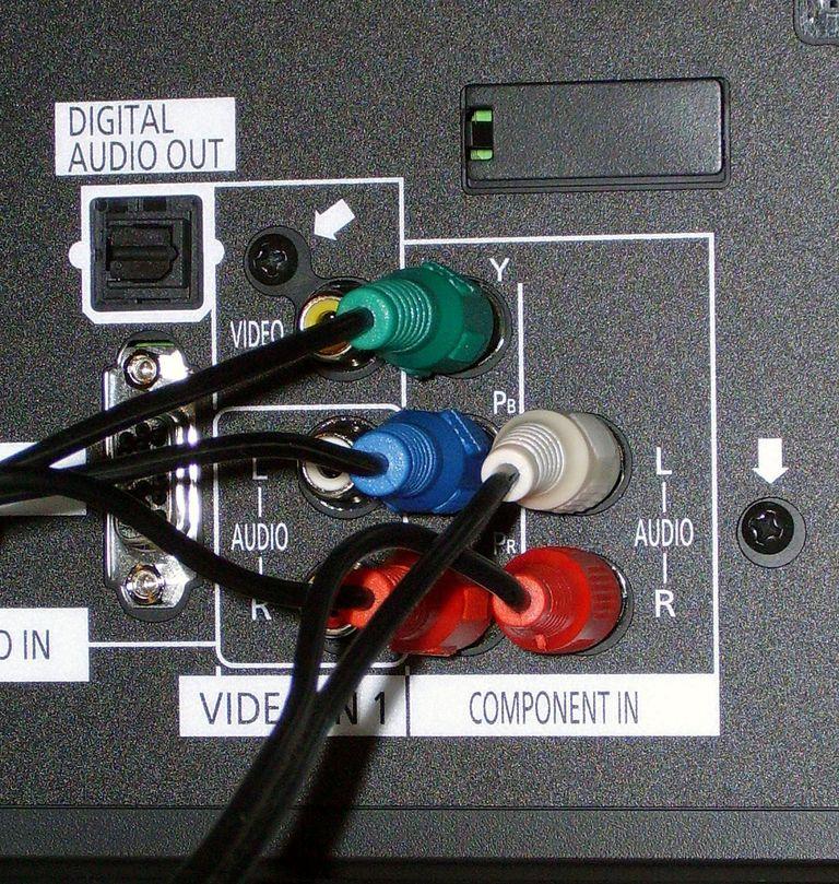 kak-podkluchit-dvd-k-tv-7.jpg