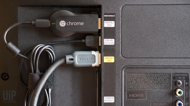 Chromecast-iPhone-Mac-in-use-5.jpg