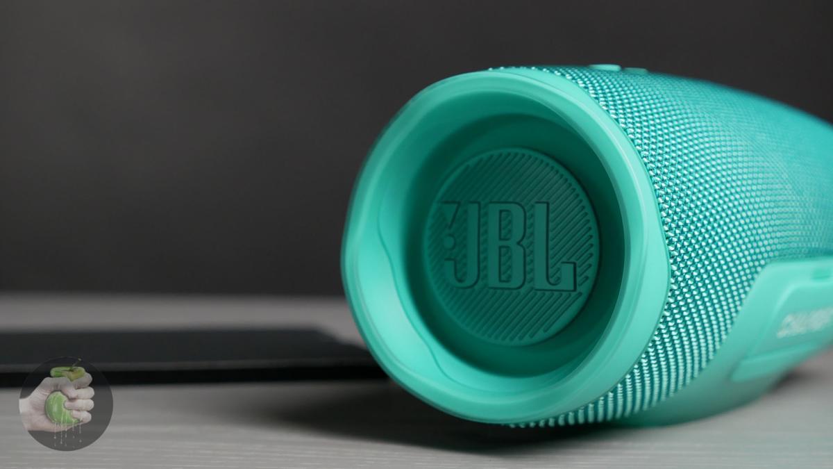 JBL-Charge-4-bass.jpg