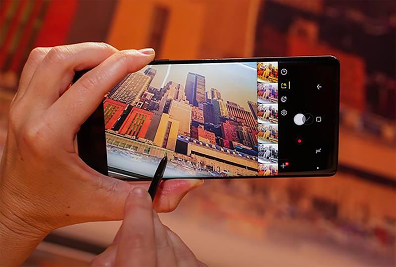 Note_8_Camera.jpg