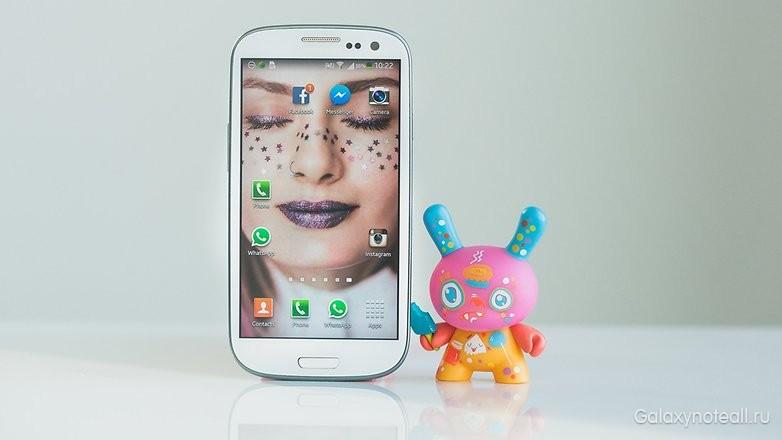 samsung-galaxy-s3-eto-smartfon-kotoryj-po-prezhnemu-funkcionalen.jpg