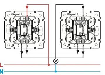 подключение-проходного-выключателя-Legrand-358x256.jpg