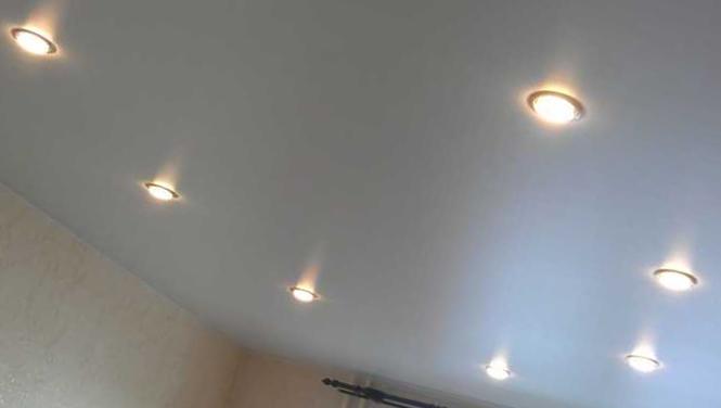 2-Точечные-светильники.jpg