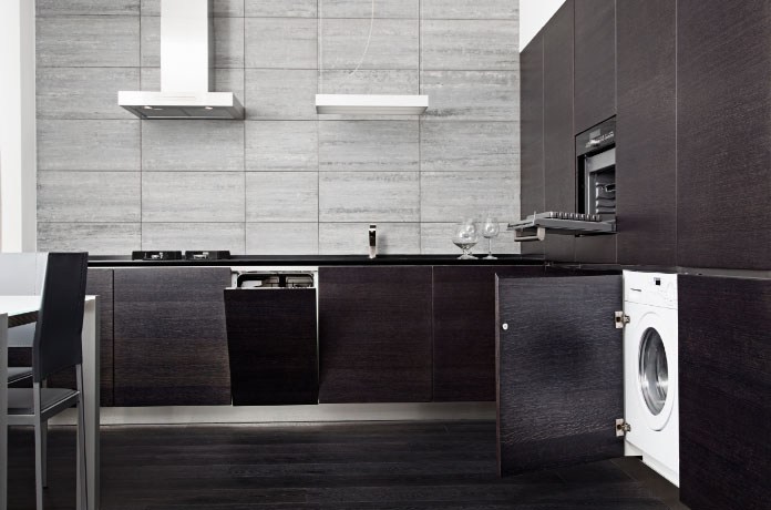 Стиральная-машина-на-стильной-кухне.jpg
